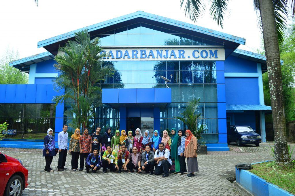 Didepan Gedung Radar Banjar - Landasan Ulin Banjarbaru
